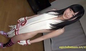 Jav Teen Reina Tsukimoto Teases Debilitating Muffler And Gloves In Her Coming out Blear
