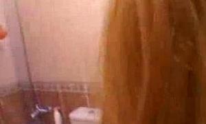Bianca Jebi follando en frigidity ducha