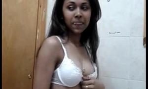 mumbai unveil gril removing bra