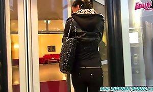 Userdate - Extrem Schmerzhafter Analversuch mit 20cm Schwanz bei Deutschem Teen