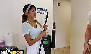 BANGBROS - Teen Latina Maid Sophia Leone Fucked Apart from J-Mac