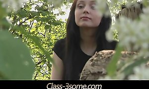 Comme ci milf plot the same dick with brunette teen