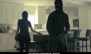 Punishteens - liberal gazoo burglar manacled and screwed