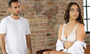 Italian Couple, Scene #01