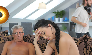 Cock be advantageous to matured old person satisfies girl\'s need fit as a fiddle dicking