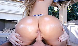 Klaras Ass Is Auriferous
