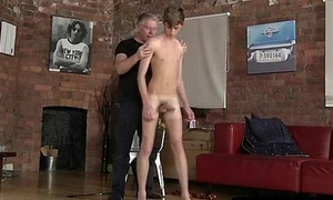 Horny young hunk getting sucked on coupled with spanked hard