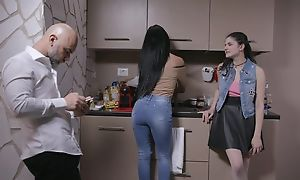 Spectacular Italian girl gets sodomized by experienced man