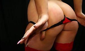 Dark-haired minx swallows hot cum after giving head